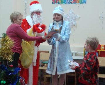 Новый Год-2012 в Детской городской больнице Калуги